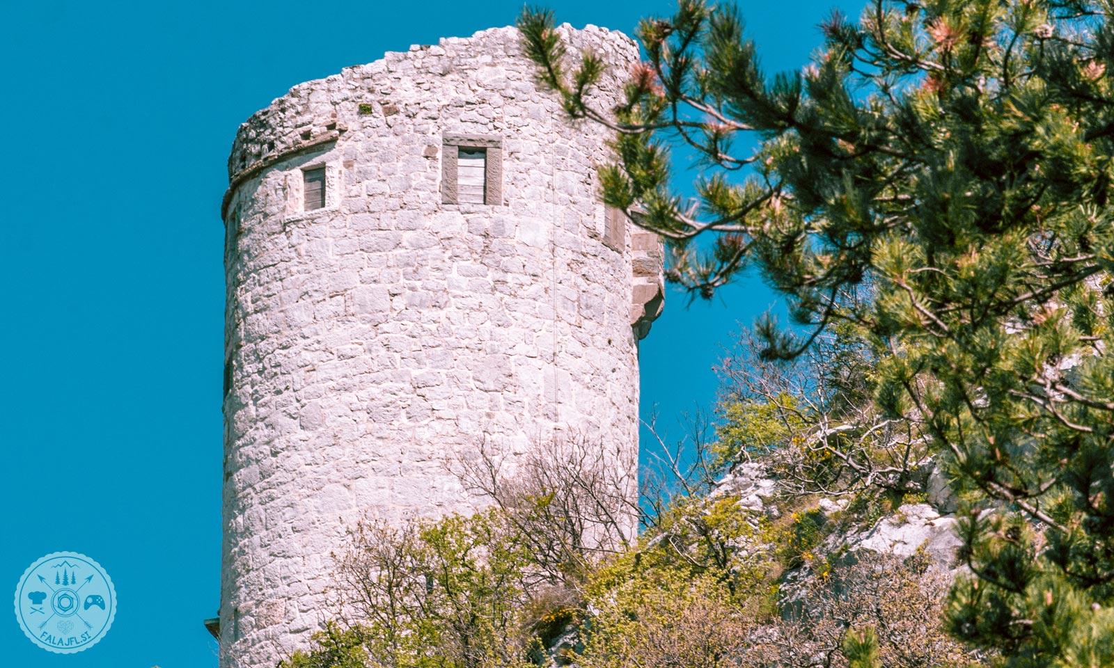 obrambni-stolp-podpec-foto05