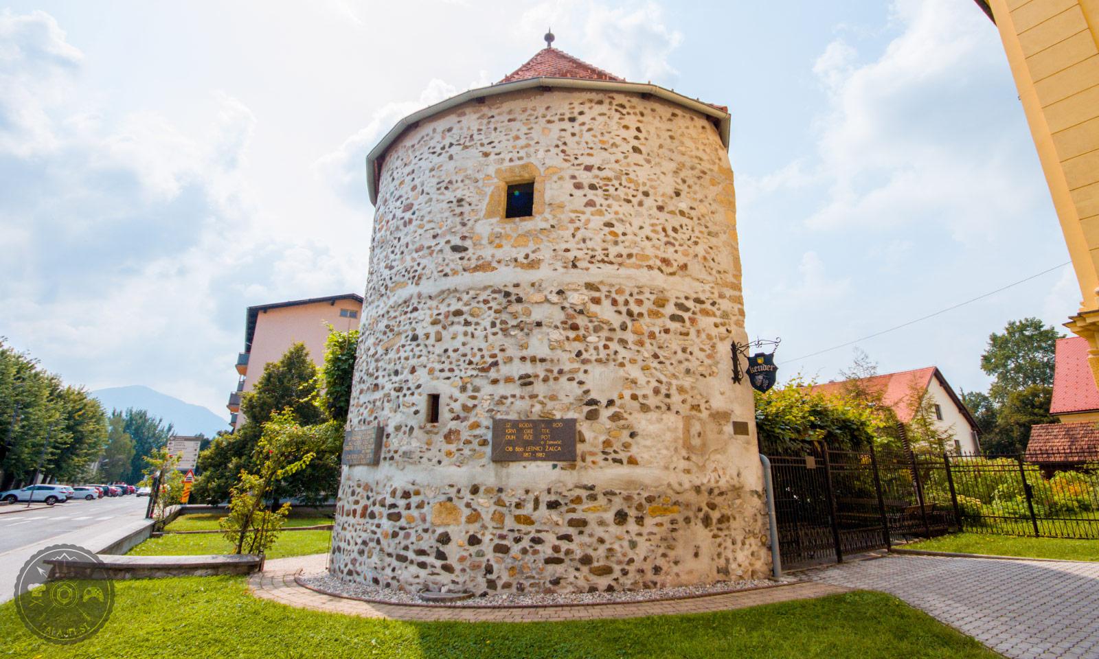 obrambni-stolp-v-zalcu-foto01