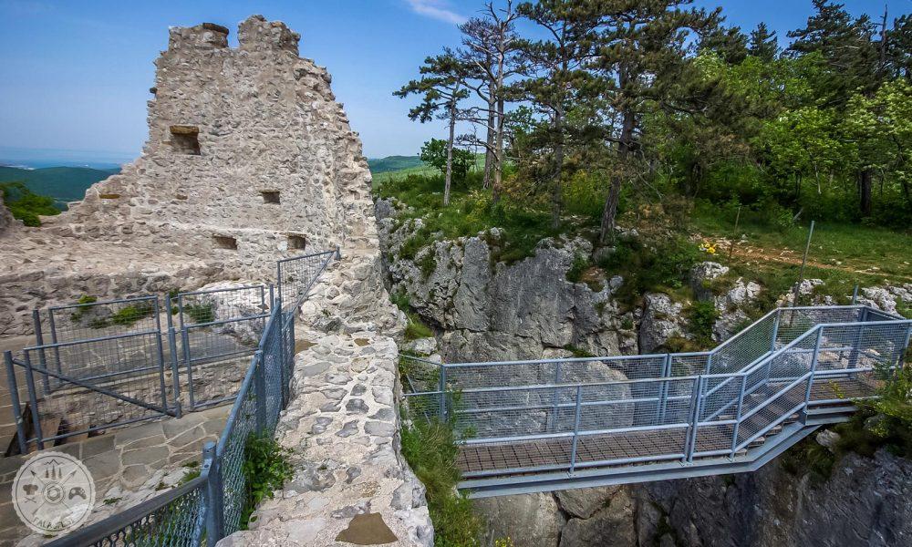 Črni Kal, utrdba Črni Kal