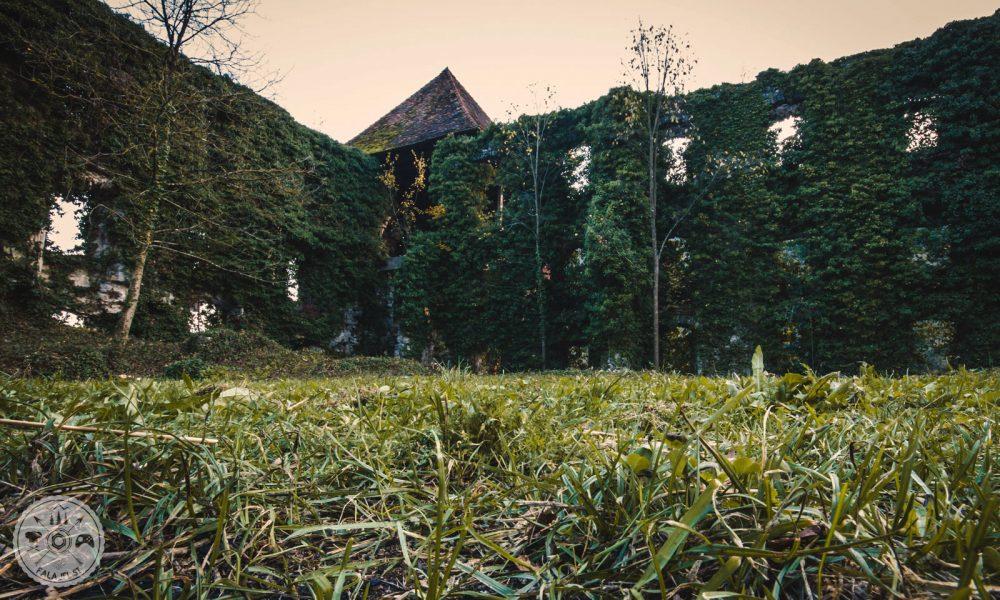 Dvorec Soteska, Dolenjske toplice, grad Soteska