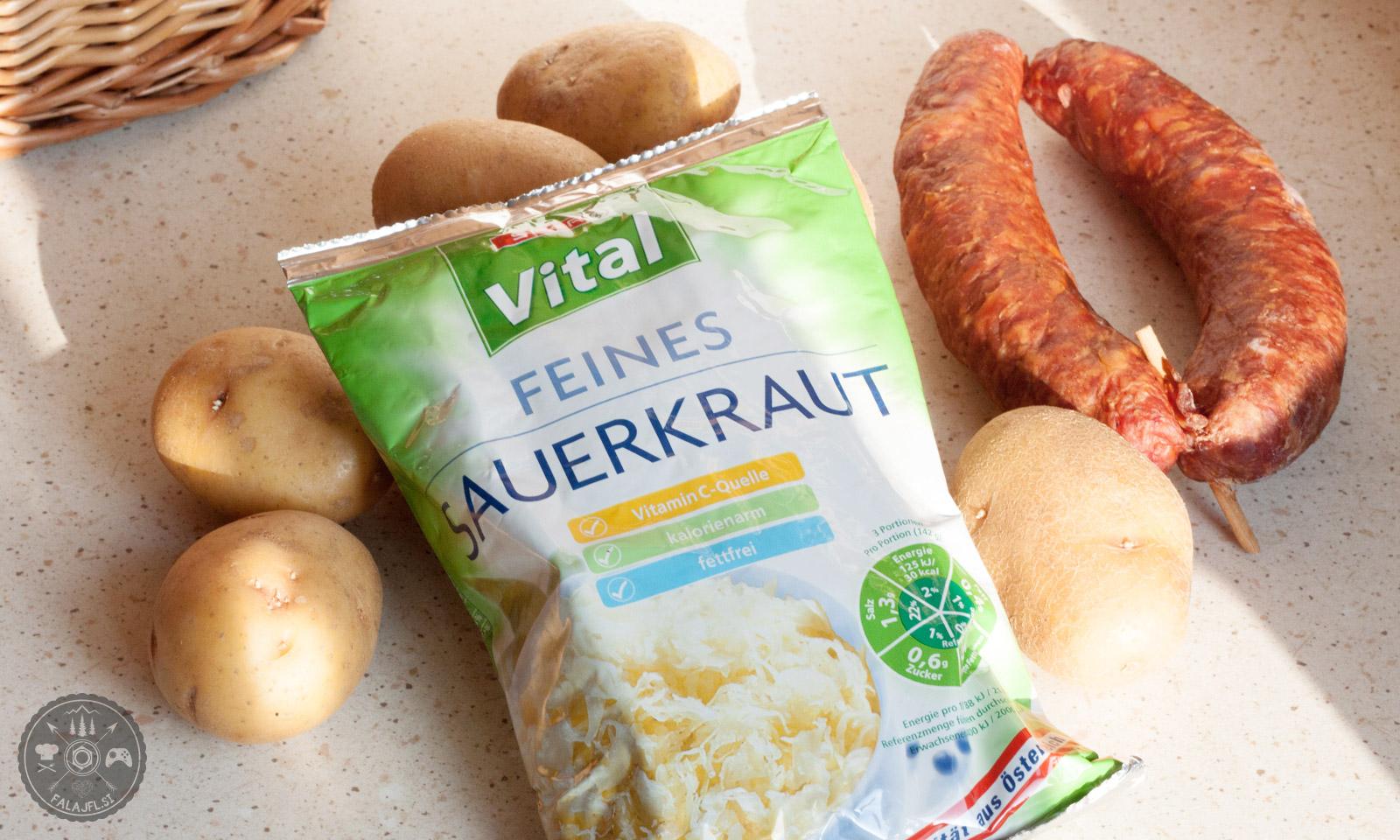 krompir v zevnici, zelje, meso, recept, kras, primorska, notranjska