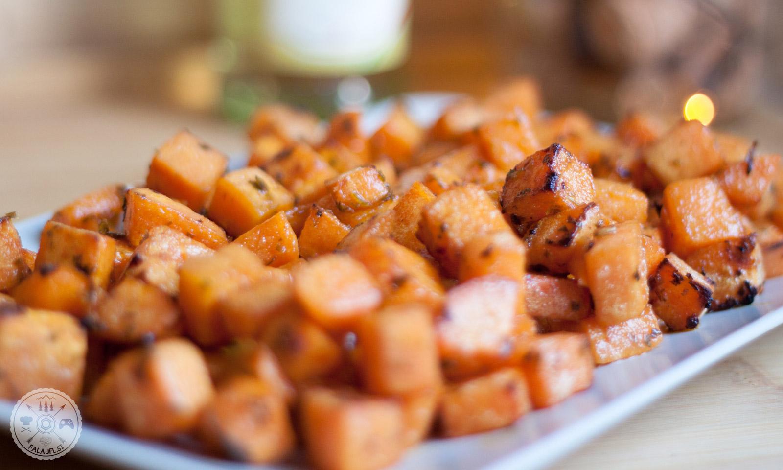 pečen sladki krompir