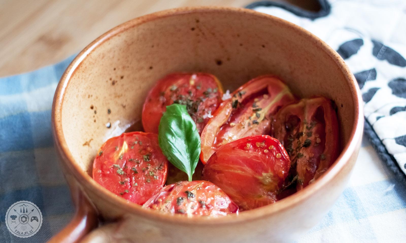 sveža zelenjava, paradižniki, sir, olivno olje, recept, kruh
