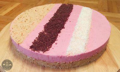 Sadna skutina torta brez peke